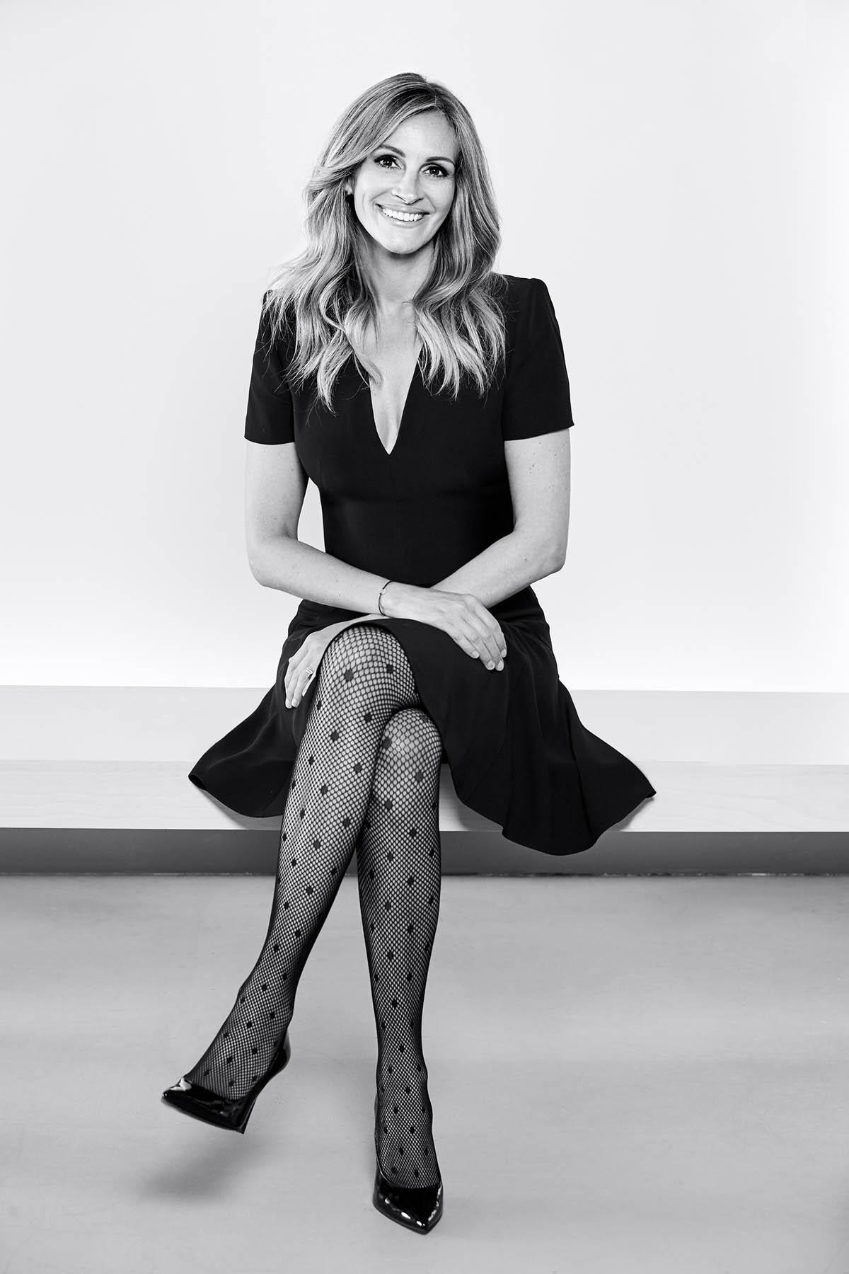 Green Family Stores >> JULIA ROBERTS FOR CALZEDONIA - Calin Group S.A.